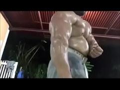 Wild Thai bodybuilder cant be beefier