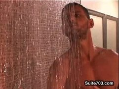 Jude Collin Fucks Lucas Knowles [The Shower Spy 2-22-08]